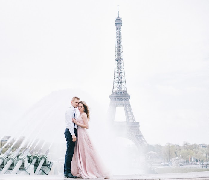 Wedding photographer Roman Pervak (Pervak). Photo of 09.08.2017
