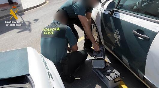 Detenida una persona e investigadas otras dos por robar baterías de camiones