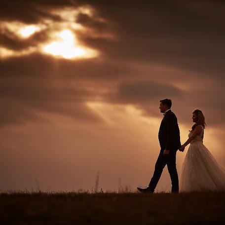 Wedding photographer Liviu Rabac (liviur). Photo of 25.11.2015