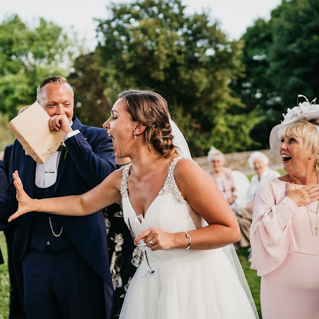 Wedding photographer Paul Mongan (MoatHillPhotogr). Photo of 19.09.2018