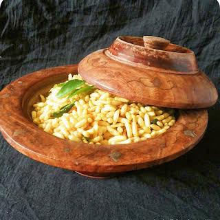 Puffed Rice (pori).
