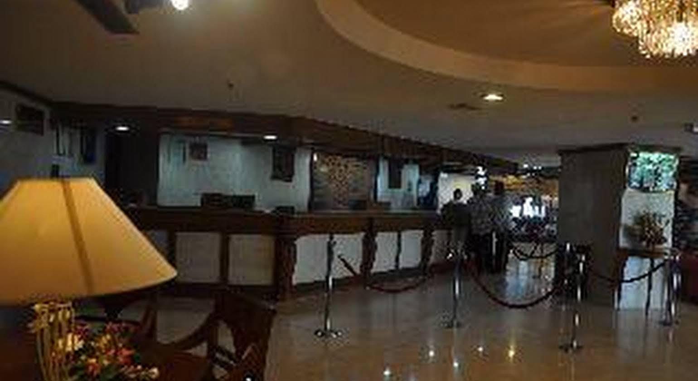 Primula Beach Hotel