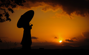 """Photo: This photo appeared in an article on my blog on Oct 11, 2013. この写真は10月11日ブログの記事に載りました。 """"Bride at Sunset  ✥  The Joy of a Fast Photo Proximity Search in Lightroom"""" http://regex.info/blog/2013-10-11/2319"""