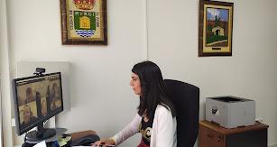 La edil de Servicios Sociales, Almudena Martínez, ha mantenido un encuentro con los presidentes de las asociaciones municipales.