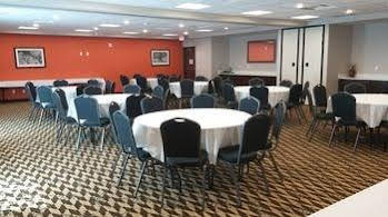 Holiday Inn Express and Suites Golden Denver Area