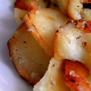 Easy, Crispy Pan Fried Potatoes – Perfect Every Time