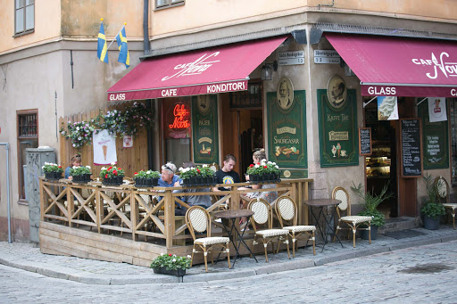 Cafe-in-Gamla-stan.jpg - A cafe in Gamla stan, the old town in central Stockholm.