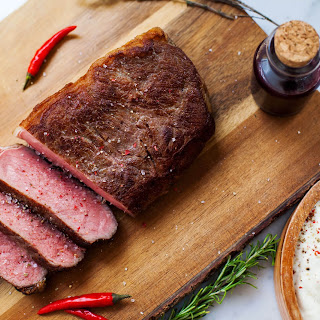 Beef Steak with Red Wine and Raspberry Sauce Recipe