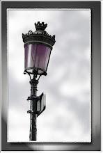 Foto: schräge Lampe