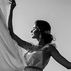 Wedding photographer Olesya Tokmyanina (olesyatk). Photo of 18.11.2017