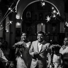 Wedding photographer Santiago Castro (santiagocastro). Photo of 27.04.2017