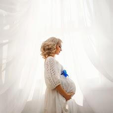Wedding photographer Alya Plesovskikh (GreenTEA). Photo of 28.11.2014