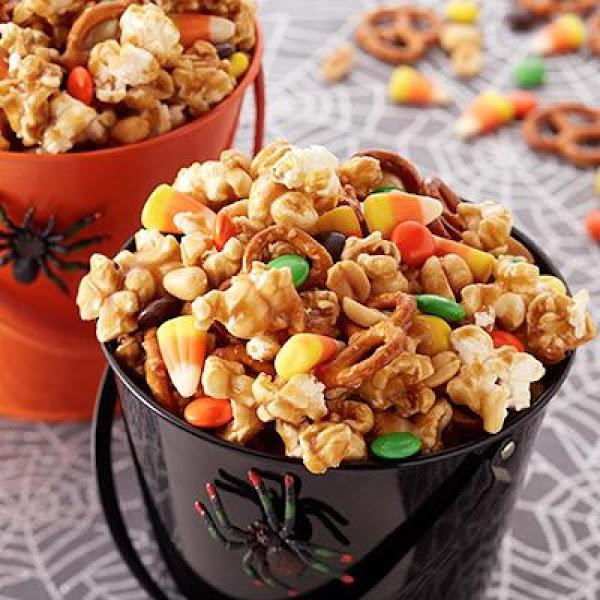 Caramel Popcorn Mix Recipe