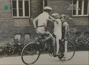 Photo: With his father, Roman Kieślowski, & younger sister