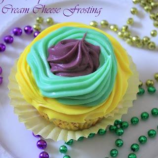 Beignet Cupcakes for Mardi Gras