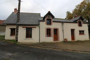 maison à Ivoy-le-Pré (18)