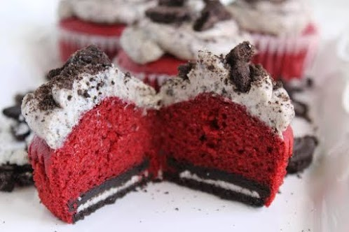 Oreo Cream Cheese Red Velvet Cupcakes
