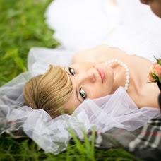 Wedding photographer Anna Mart (annamart). Photo of 14.04.2014