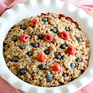 Healthy Berry Quinoa Crumble
