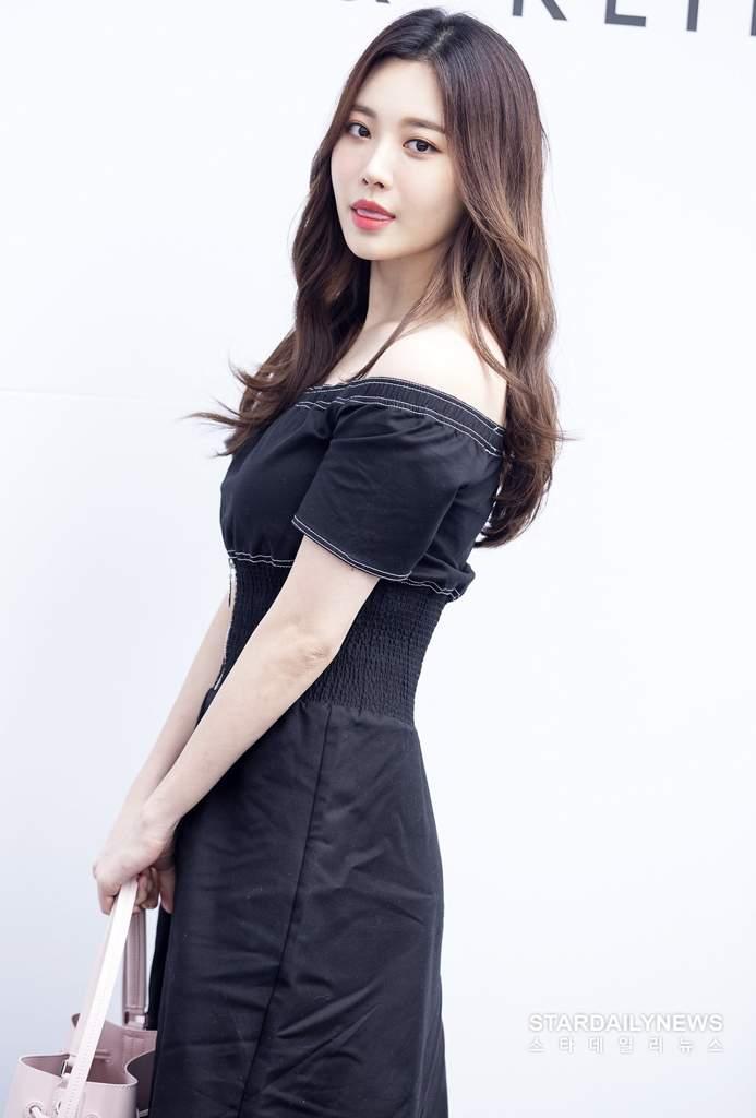 yura dress 32