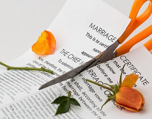 Quand on envisage une séparation à l'étranger… Les conseils d'une avocate en droit de la famille.