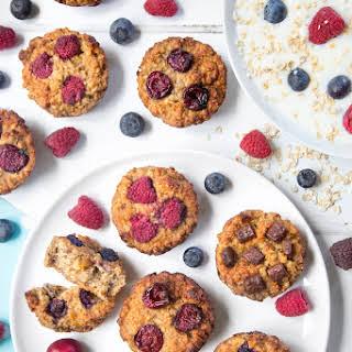 Summer Fruit Yogurty Breakfast Muffins.