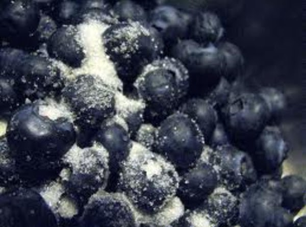 To make blueberry topping: In tall microwavable container, combine fresh blueberries and sugar. Microwave 30...