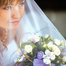 Wedding photographer Vladimir Krasnopoyasovskiy (LunyDunce). Photo of 11.09.2013