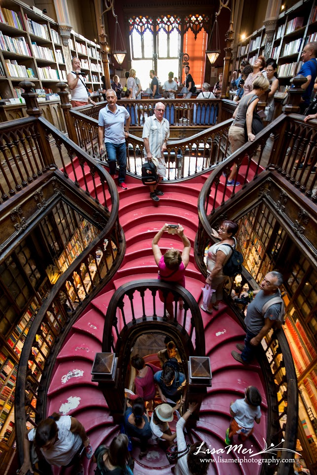 One of the world's most beautiful book store that inspires Hogwarts library in Harry Potter!