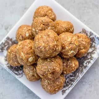Peanut Butter Oatmeal Energy Bites.