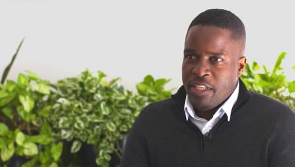Tawanda Kanhema 氏
