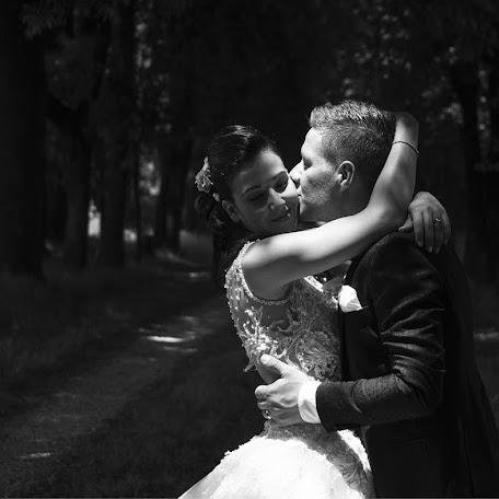Wedding photographer Luca Antonelli (almalab). Photo of 22.11.2016