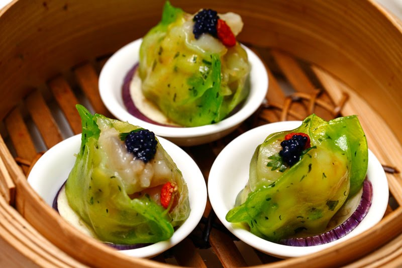 """Crystal """"Spinach Phoenix Eye"""" Dumpling with Scallop and Prawn"""