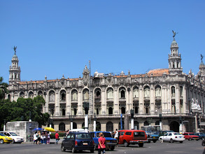 Photo: Havana - Gran Teatro (Great Theatre)