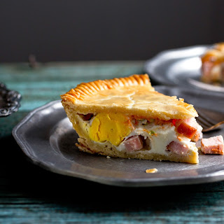 Spicy Bacon-and-Egg Pie