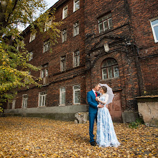 Wedding photographer Vladimir Mescheryakov (smallchange). Photo of 18.12.2014