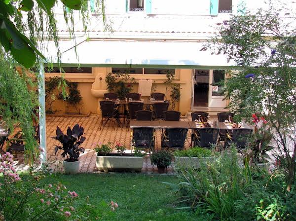 Hôtel Restaurant Le Lachens