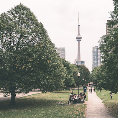 Tragedies: Toronto's summer opera shortage