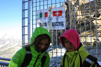 Photo: La Laura (R/G) i la Marina (LL/D) Montes a la Testa Grigia (3.480m), Plateau Rosa, Alps suisso italians. 14 d'agost de 2014