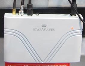 Photo: STB StarWaves C310-U. Antenni vstup T-DAB III/L (neumi to T-DAB+ mp4, jen starou normu T-DAB mp2) dale AM pasma 150-27000kHz pro AMSS/DRM. Vystup je FM stereomodulatoru s enkoderem RDS. V RDS se vysilaj informaci o stanici EPG, servisni menu atd z digi nativniho vysilani T-DAB/DRM. Dalsi info zde: http://www.uloz.to/soubory/rys10/documents/T-DAB-a-DRM/