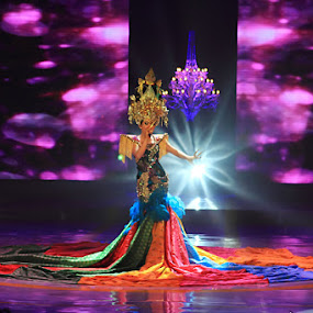 Syahrini by Dhies Asgar - People Musicians & Entertainers