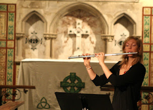 Photo: Lucy Beveridge © The Priston Festival 2009, photo: Richard Bottle