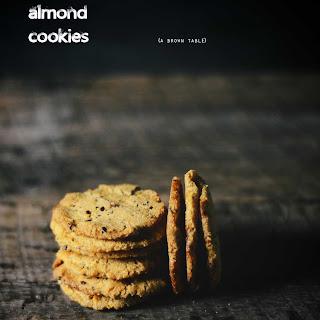 Turmeric Spice-seed Almond Cookies