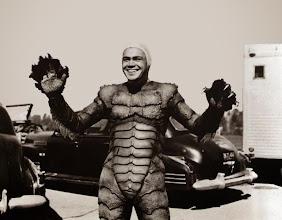 """Photo: O ator Ben Chapman interpretou """"O Monstro da Lagoa Negra"""" nas cenas terrestres... http://filmesclassicos.podbean.com"""
