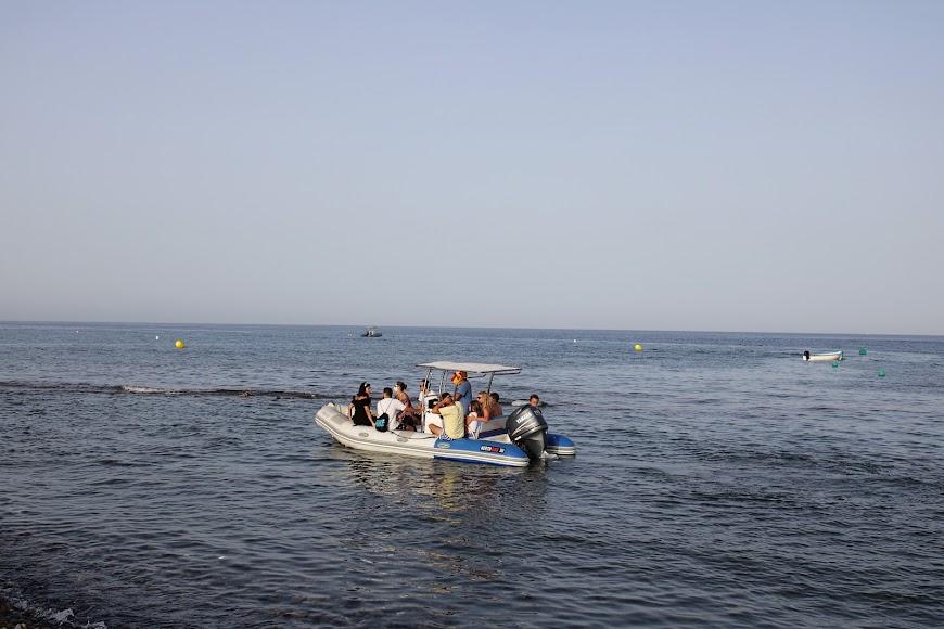 Rutas en barco por las calas del Cabo de Gata.