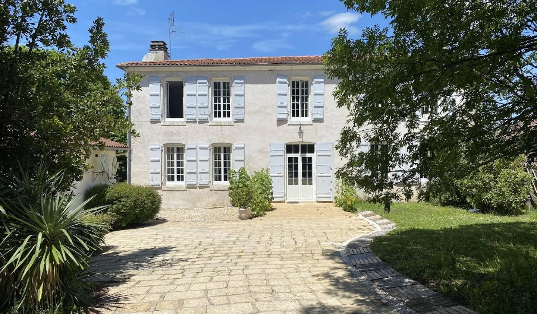 Maison Fontcouverte