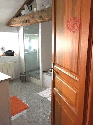 Vente propriété 10 pièces 258,15 m2