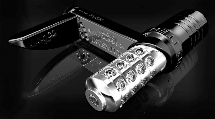 "RZ8 MKII ""Ziletto Slyder"" cufflinks with diamonds"