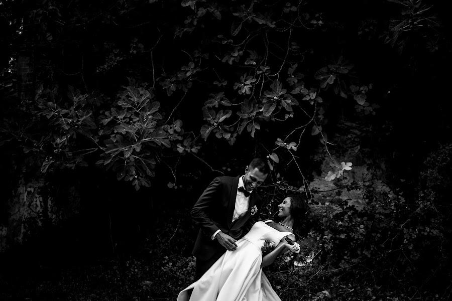Wedding photographer Leonardo Scarriglia (leonardoscarrig). Photo of 20.12.2017