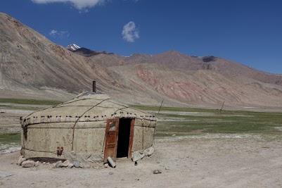 Yurt-Camp zwischen Ak-Baital Pass und Karakul.